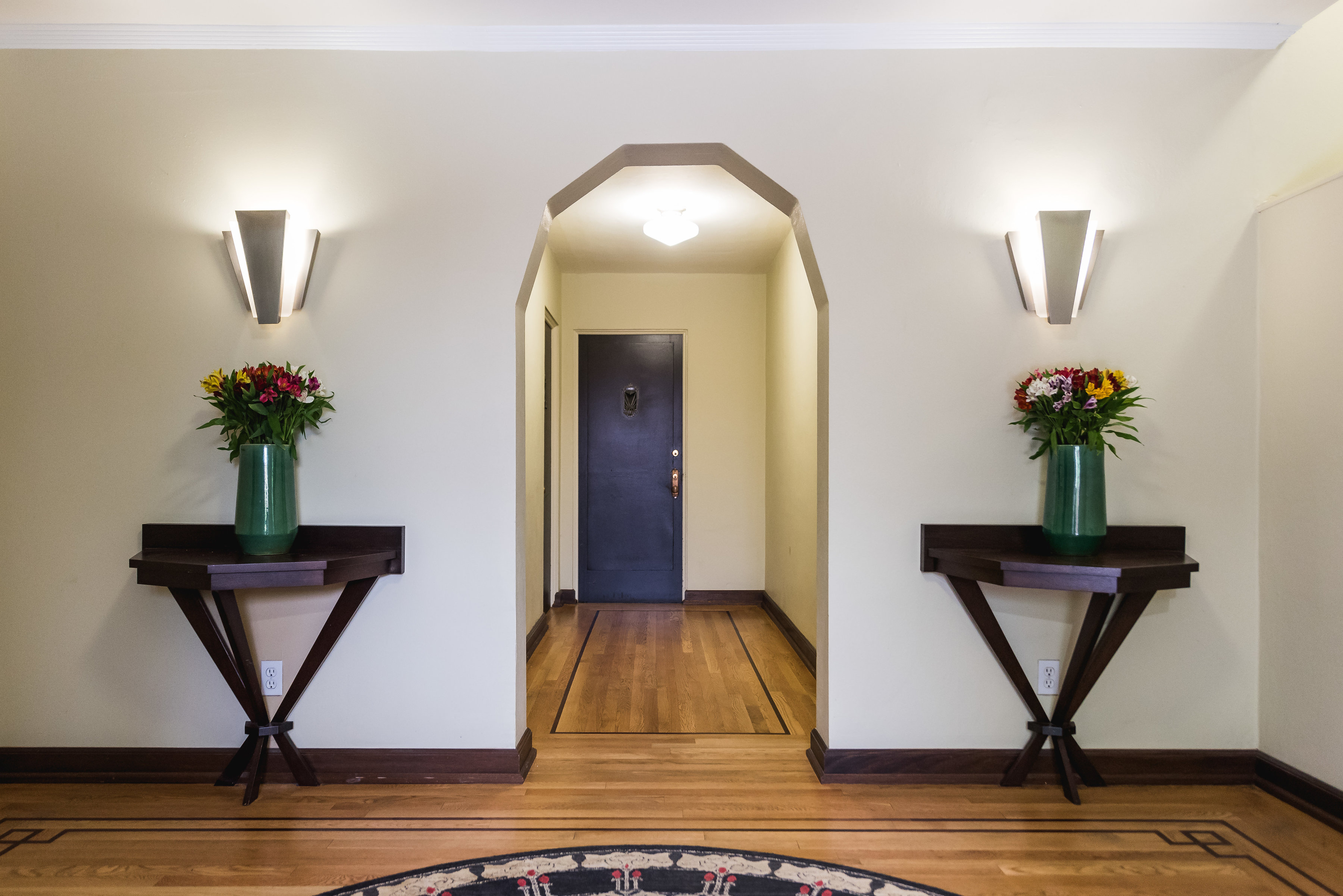 Apartment Entryway At Belroy Apartments In Seattle, WA