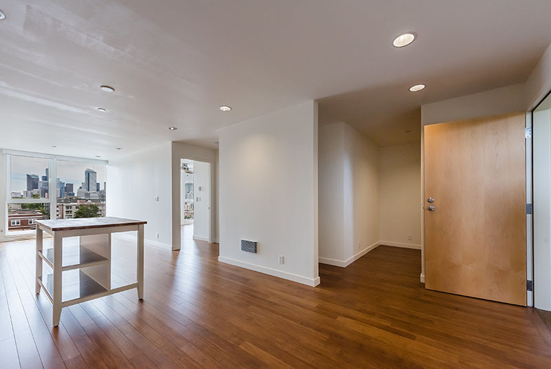 Open Concept Apartment Homes At Belroy Apartments In Seattle, WA